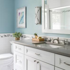 powder-room-blue-walls-white-cabinets-interior-design-laurie-digiacomo